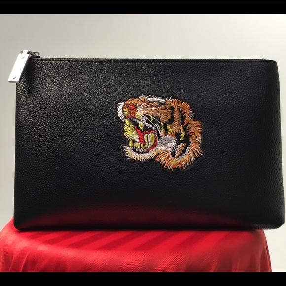42bd690b0ad8 TIGER Patch Mens Clutch Bag Wallet/Handbag NEW
